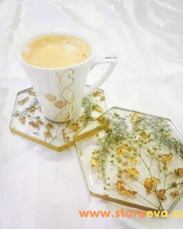 Hexagon resin coasters with real dried flowers and gold leaf ( Set of 4)
